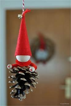 Wichtel Basteln Tannenzapfen - jorek s weihnachtsbastelseite