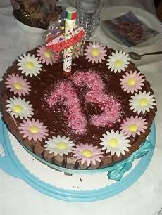 torte zum geburtstag erdbeer schoko torte zum geburtstag cookingisa chefkoch
