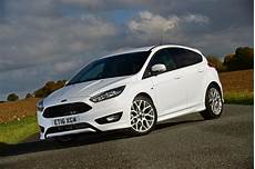 Ford Focus St Line 2016 Review Pictures Auto Express