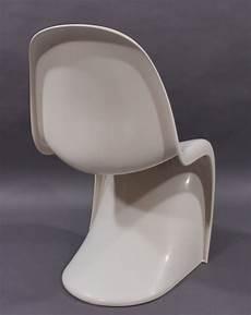 ces chaises vitra mod 232 le panton chair classic par verner
