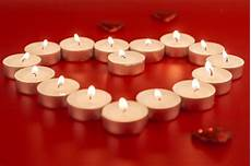 candele a cuore piccole candele a forma di cuore scaricare foto gratis