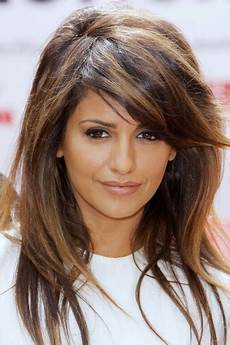 How To Style Layered Hair With Side Bangs