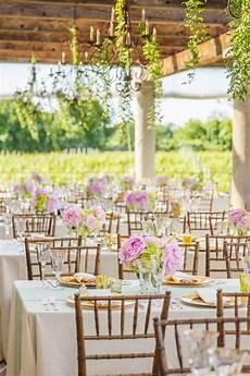 vibrant spring wedding ideas