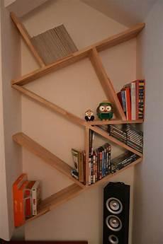 libreria immagini mini libreria per la mansarda mensole in composizione