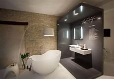 tendance carrelage salle de bain 2018 show room jacob delafon mise en sc 232 ne de la