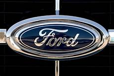 Ford Recalls 91 000 Cars Fuel Pumps Dangerous Windows