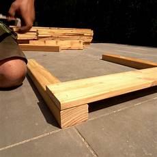 hochbeet aus holz selber bauen in 5 schritten obi