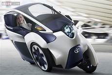 Toyota 2 Sitzer - toyota s new iroad is a two seater electric car news18