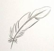 plume dessin facile 57543 comment dessiner une plume d oiseau dessins et mod 232 les en 2019 dessin plume tatouage plume