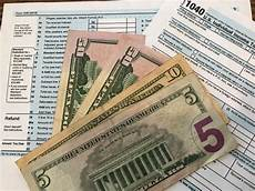 new irs data average tax refunds down 16 7 percent