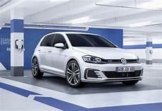 2017 Volkswagen Golf Revealed More Power For Gti