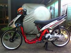 Modifikasi Motor Matic Mio Sporty by Modifikasi Yamaha Mio Pelek 17 Bergaya Thailand Foto