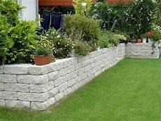 St 252 Tzmauer Terrasse Garten Ideen Garten Und Steinmauer