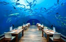 dine at the phenomenal ithaa the underwater restaurant 171 luxury hotels travelplusstyle
