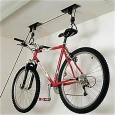 fahrrad garage aufhängen wall mounted bicycle storage rack bike hanging holder