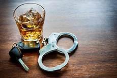 Alkohol Am Steuer Diese Strafen Drohen Alkohols 252 Ndern