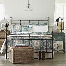 Bedroom Ideas Black Iron Bed by Pin By Rondell Konat On Lovely Bedrooms Bed Metal Beds