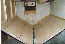 pelletsilo selber bauen glasplatte f 252 r kaminofen pelletslagerraum schr 228 gboden