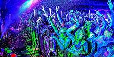 life in color vancouver 2014 world s largest paint party is coming