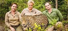 sur la terre des jaguars regarder le documentaire muriel robin et chanee sur la