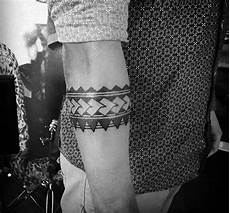 Armband Unterarm - 50 tribal armband designs for masculine ink ideas