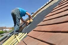 prix renovation toiture prix d une calandrite pour toiture conseils et devis en