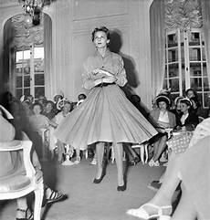 habillement ée 70 1950 s 1960 s catwalk yourself