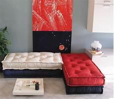 cuscini materasso prezzi cuscini trapuntati tabouret materasso a terra divano a
