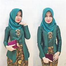 Model Jilbab Pashmina Simple Untuk Kebaya Voal Motif