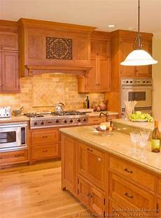 countertop and backsplash idea traditional light wood