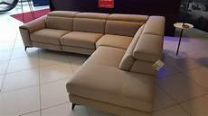 outlet divano outlet divano francoferri lissoni con recliner elettrico e