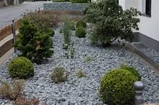vorgarten steingarten anlegen vorgarten steingarten anlegen 1000 bilder zu kiesgarten