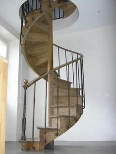 Ancien Escalier Colima 231 On En Ch 234 Ne Courante En Noyer