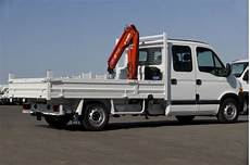 Plateau Crane Light Commercial Vehicle Lcv