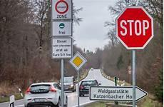 Diesel Fahrverbote In Stuttgart Anwalt Der Stadt R 228 T Das