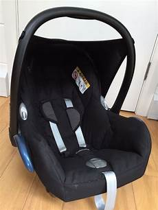 Maxi Cosi Cabriofix Car Seat And Easyfix Isofix Base 0 1