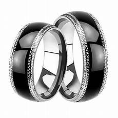 black matching his and hers wedding bands ring set for him