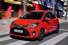 yaris hybride avis drive review toyota yaris hybrid facelift 2014