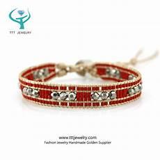 fabriquer bracelet perle tisser perles fabriquer metier a tisser modele collier en de rocaille patron comment faire perle