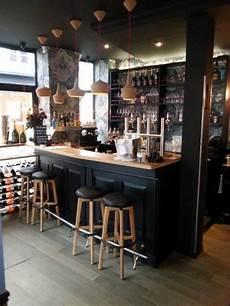 comptoir de bar professionnel r 233 alisation du comptoir de bar en ch 234 ne massif peint en