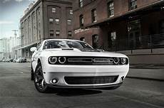 dodge challenger reviews research new used motor trend