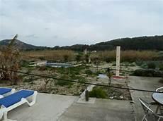 garage mit strom mieten finca mit 3 sz garage und pool strom 252 ber solaranlage