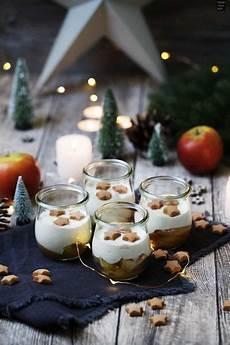 weihnachtliches bratapfel zimtcreme dessert im glas