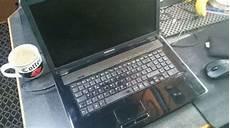 laptop im auto laden mit 12v universal notebook netzeil