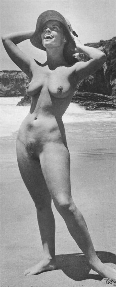 Sveba Nude Photos