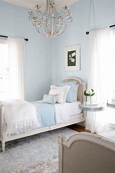 Bedding Joanna Gaines Bedroom Ideas by Take A Tour Of Chip And Joanna Gaines Magnolia House B B