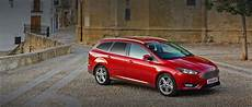 ford focus rot ford focus hatchback family car ford uk