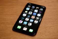 Iphone 7 Plus Hide Dock Wallpaper The Magic Black Wallpaper That Makes Your Iphone Dock And