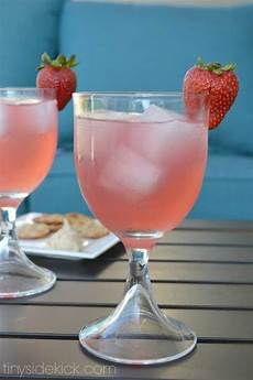 strawberry paradise cocktail recipes vodka drink recipes