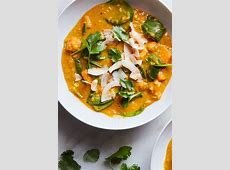 curried lentils with sweet potatoes and spinach_image